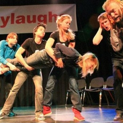 easylaughs, improvised comedy